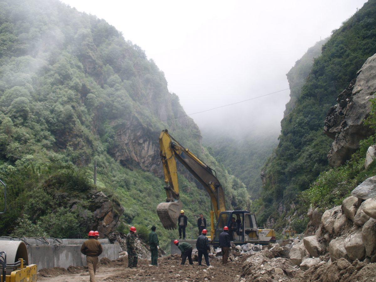 ADB providing US$180 Million to Improve Nepal's Mahendra Highway