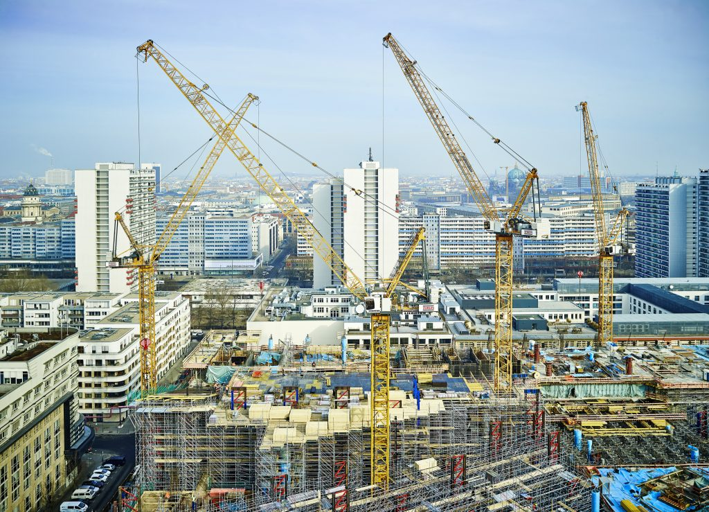 Liebherr tower cranes build Axel Springer's new building in Berlin