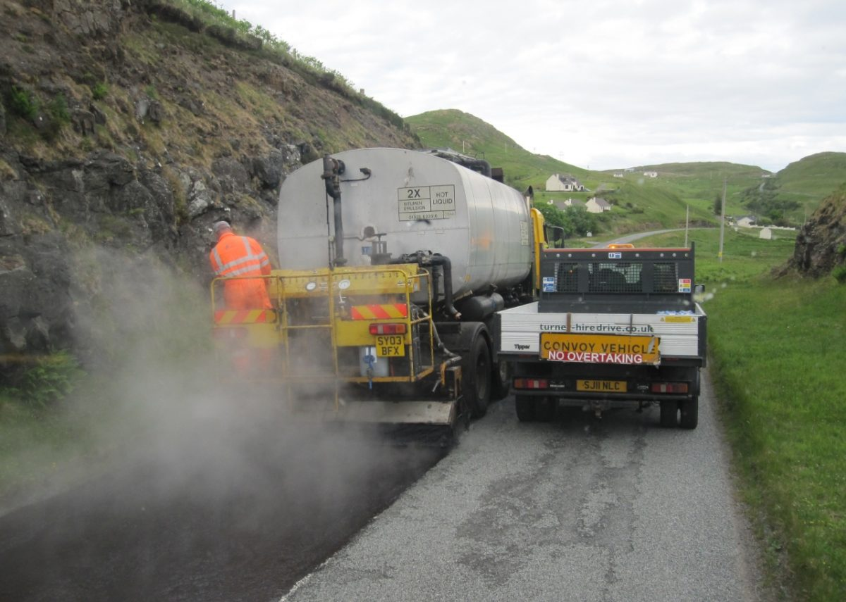 RSTA technical course outlines how to Surface Dress a Road