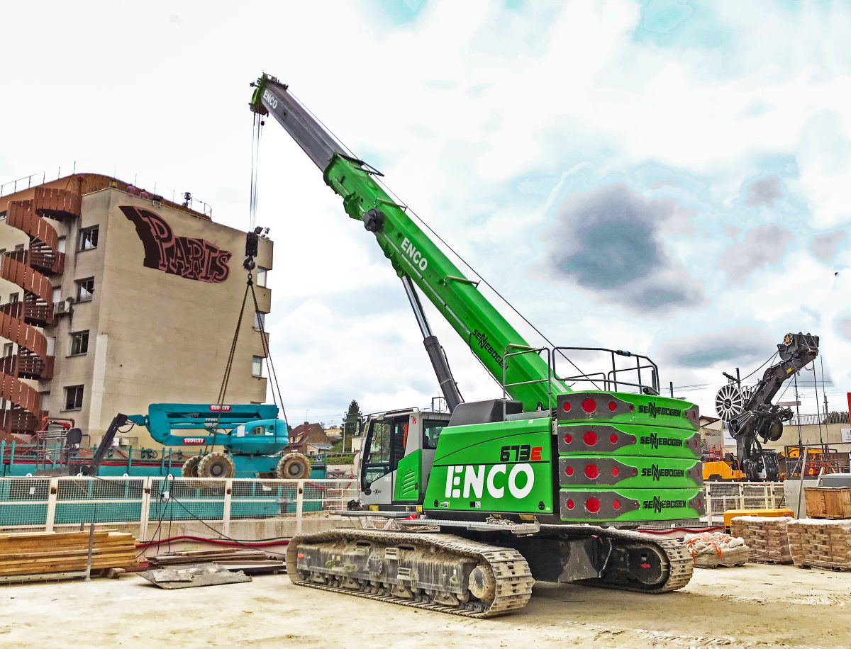 SENNEBOGEN telescopic crane continues to impress at Grand Paris Express construction site