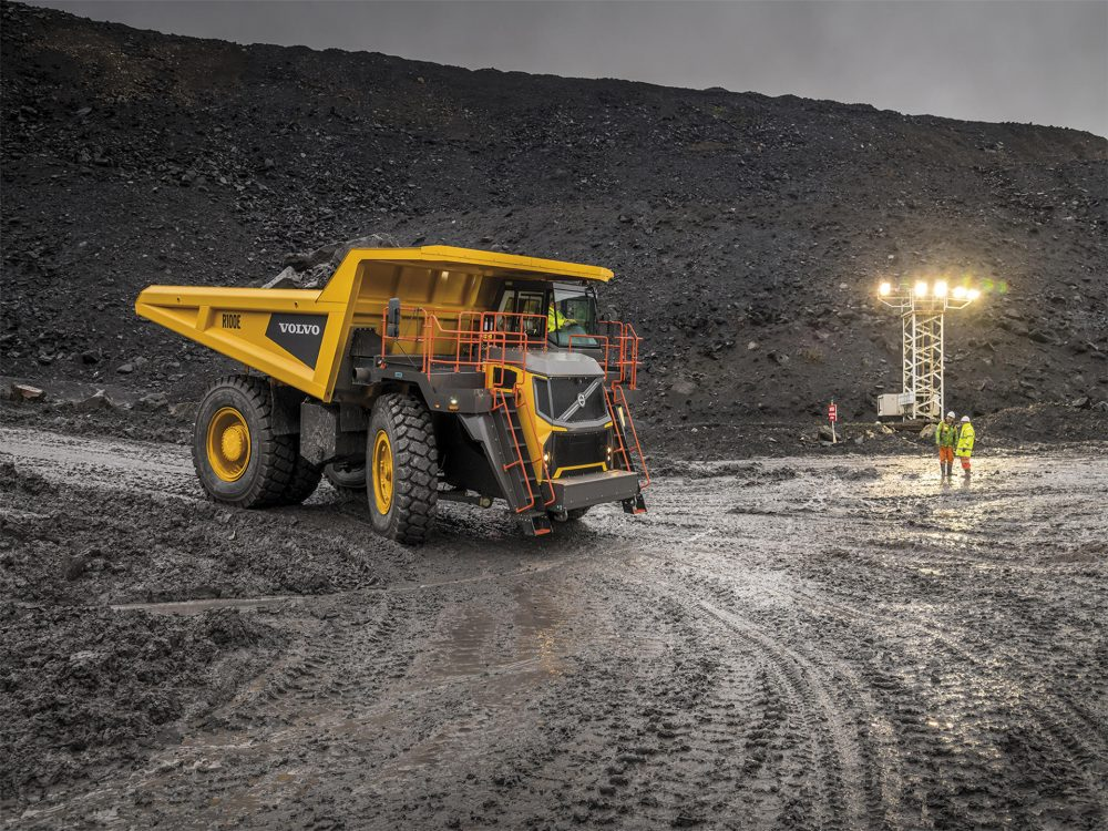 Volvo CE's R100E is the ideal machine for quarrying applications.