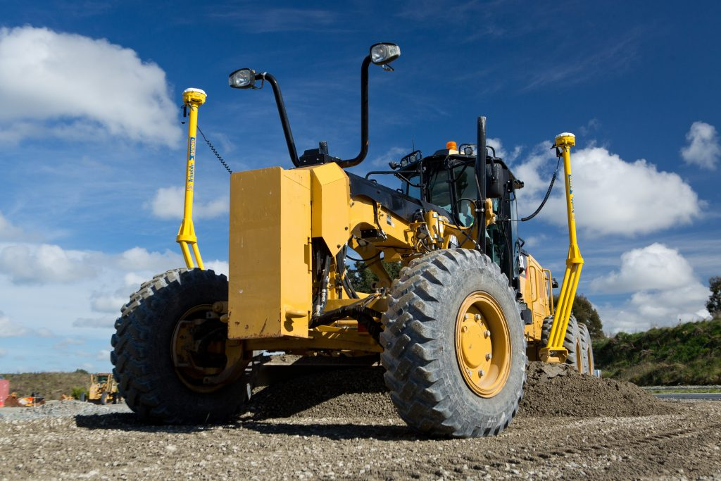 Trimble Earthworks Grade Control revamped with Motor Grader and tiltrotator features
