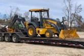 Beard Equipment and John Deere donate backhoes to aid hurricane recovery