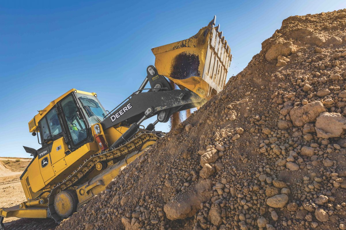 John Deere unveils updated 655K and 755K Crawler Loaders
