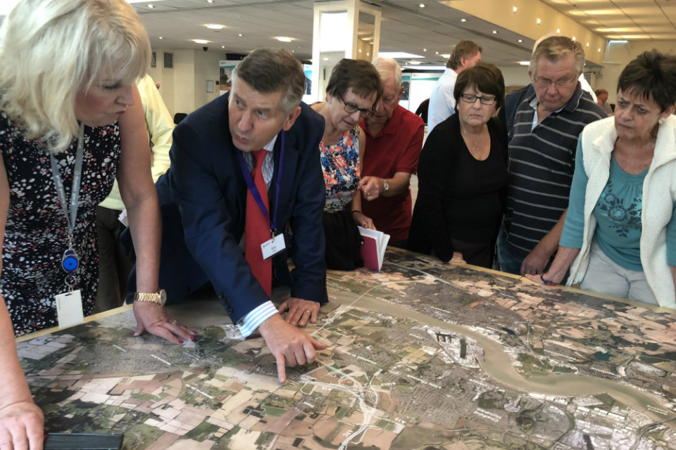 Lower Thames Crossing technical lead Gary Hodge explains the route to attendees at the first consultation event in Orsett