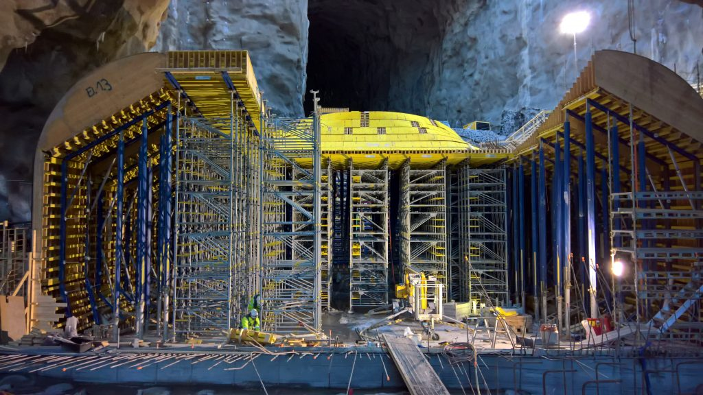 - The extension of the Vamma power station ranks as one of Europe's biggest hydropower upgrades since the 1980s. In all, 1500 cubic meters of water per second will flow through the plant's twelve turbines. Custom formwork built by the Doka Pre-assembly Service was used for the draft tube.