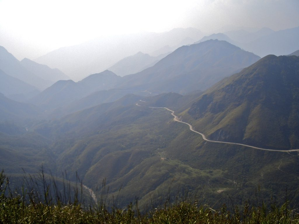 Vietnam Mountain Pass - Photo by Peverus