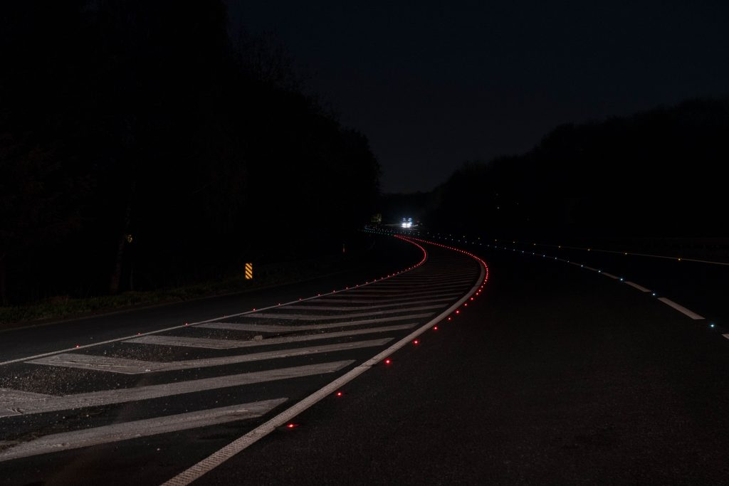 Survey proves overwhelming success of scheme using Clearview SolarLite Active Road Studs