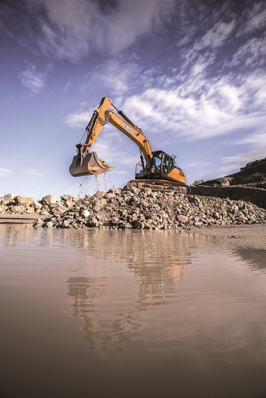 CASE CX300D excavator