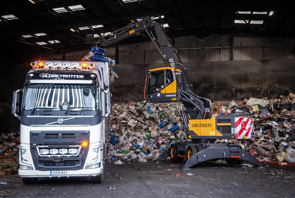Grundon opts for new Volvo Material Handler
