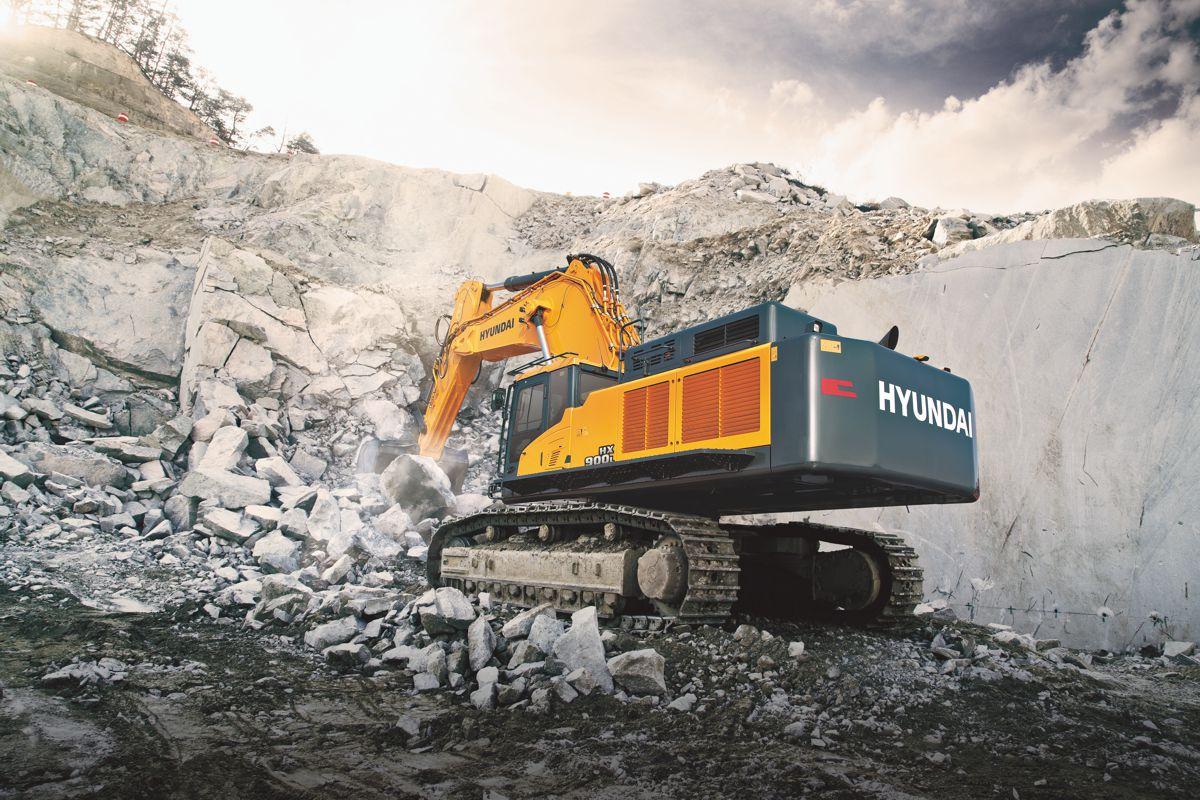 Hyundai Construction Equipment launches the mighty HX900 L Crawler Excavator