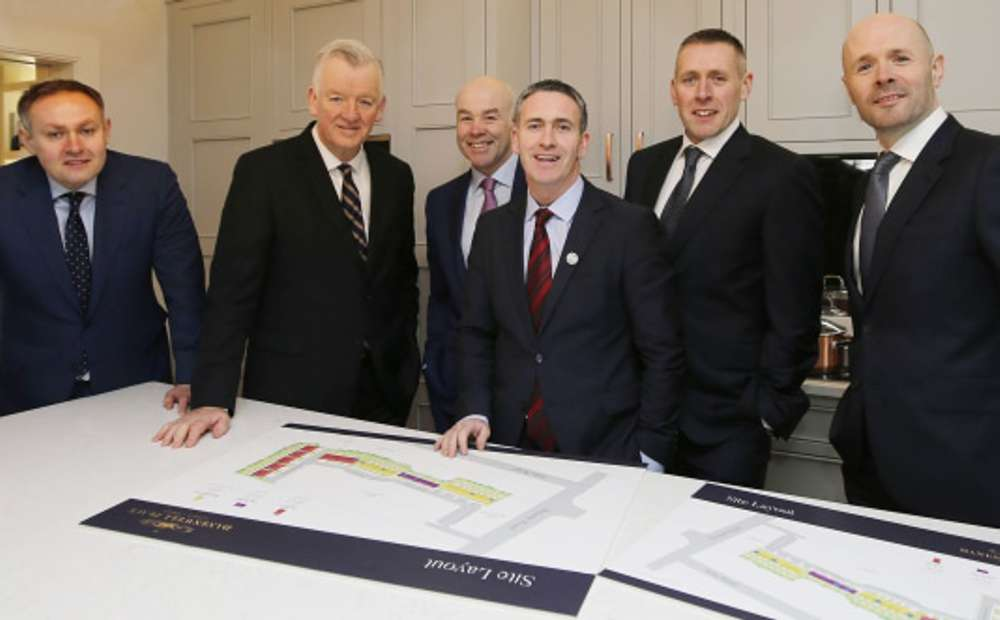 Pictured (from left): Brendan McNally (Executive Director and Co-Founder, MHI), Theo Cullinane (CEO, BAM Ireland), Chris Curtis (Joint MD and Co-Founder, MHI), Minister of State for Housing and Urban Development Damien English T.D., Adrian McNally (Executive Director and Co-Founder, MHI) and Stephen McManmon (Joint MD and Co-Founder, MHI).