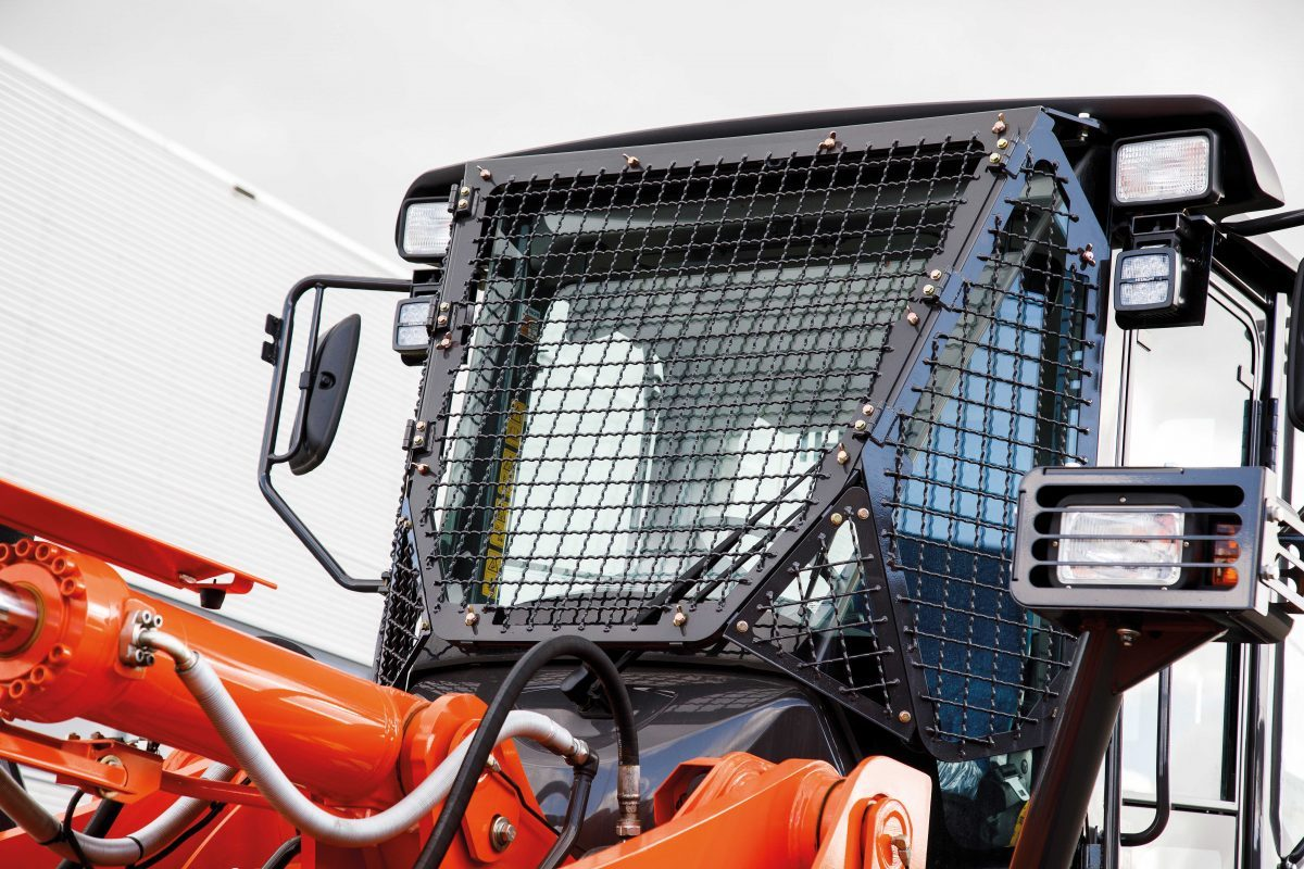 Hitachi introduce waste handling package for ZW180-6 and ZW220-6 wheel loaders