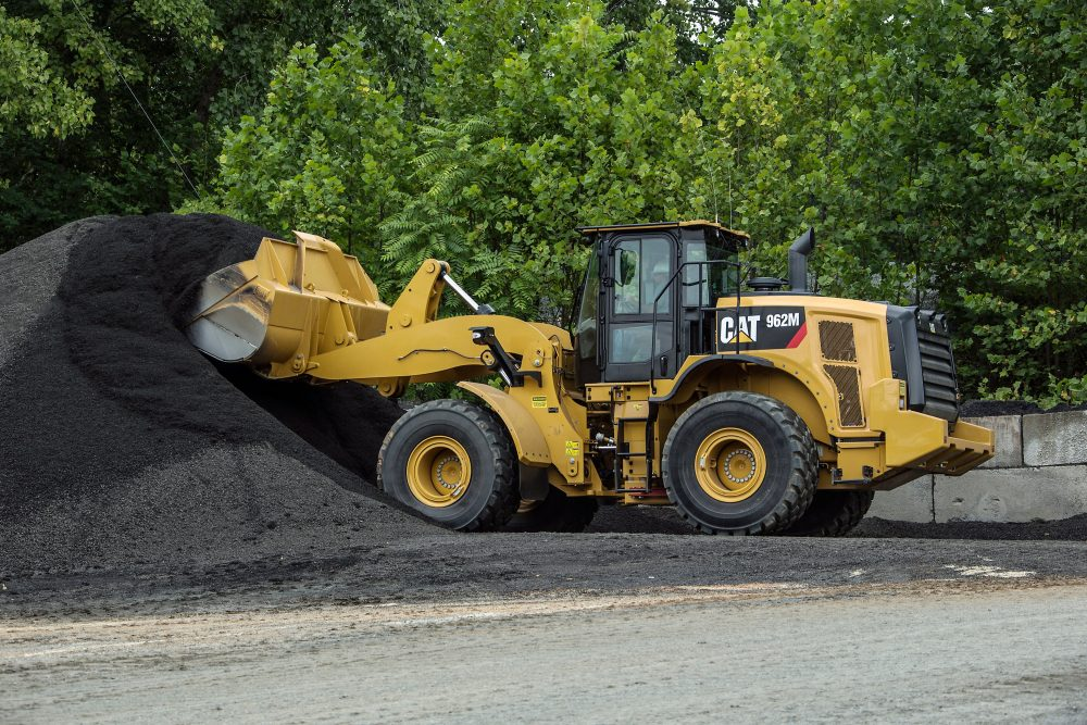 Cat 950M / 982M Wheel Loader updates improve technology and comfort