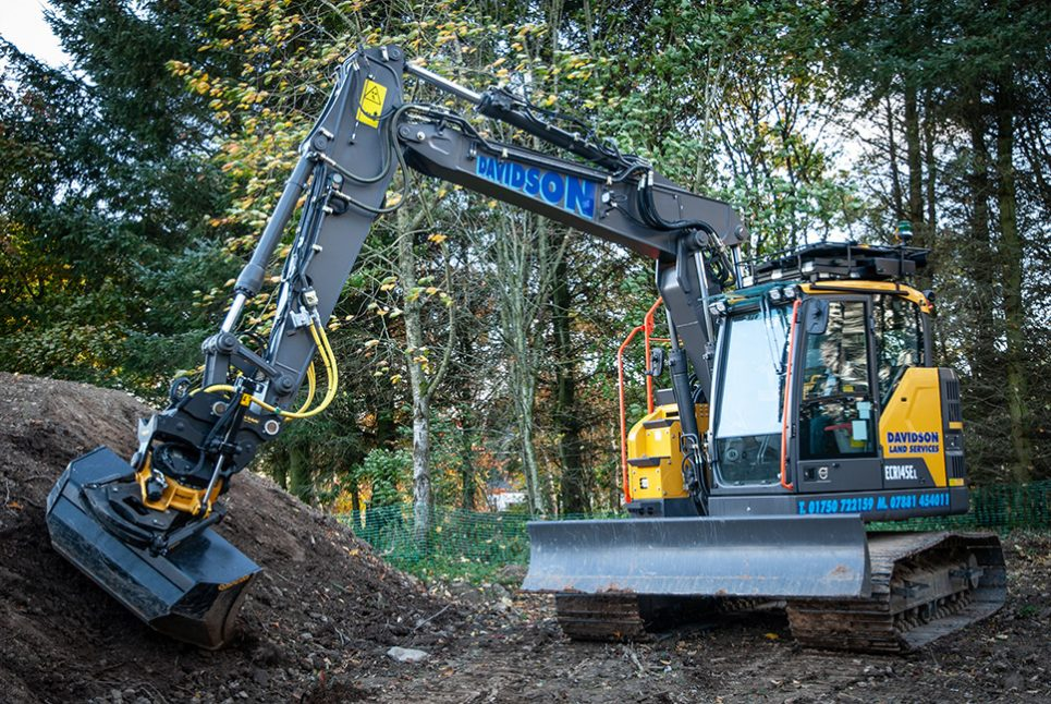 The Christmas Tree approach inspires Land Services to opt for a Volvo ECR145E Excavator