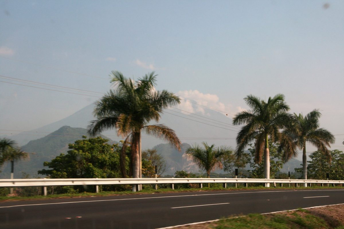 Guatemala to improve and rehabilitate the national road network with IDB support