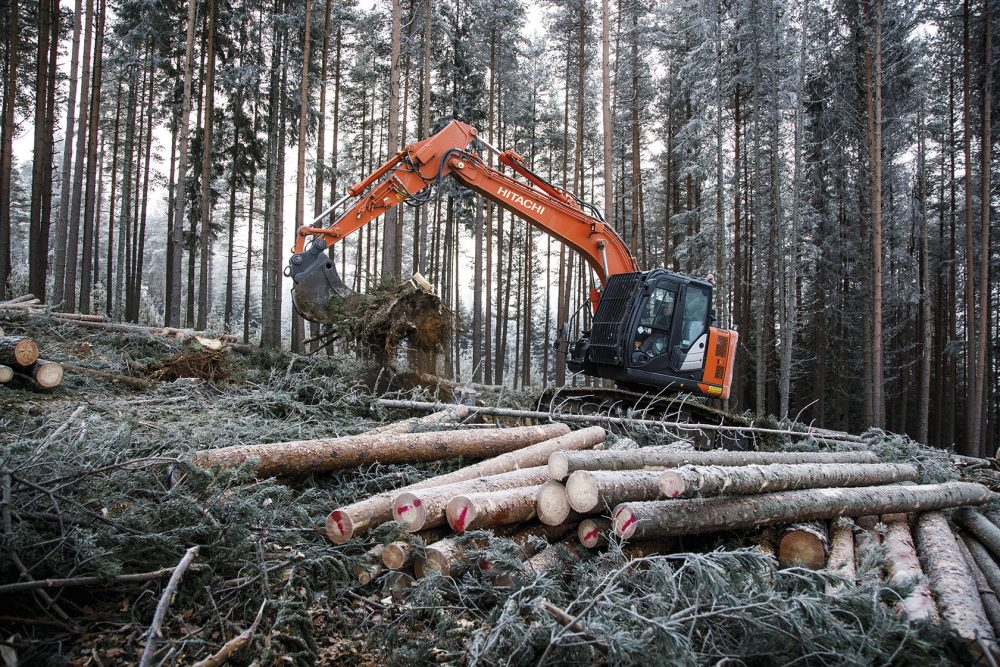 Fageraas Skogsdrift puts the new Hitachi Forestry Excavator to the