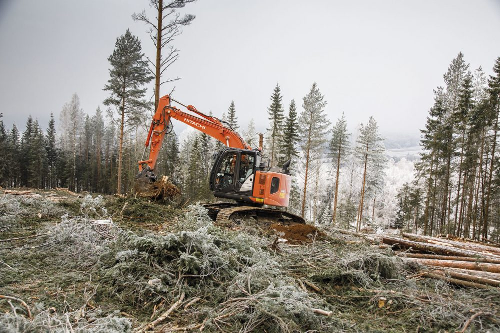 Fageraas Skogsdrift puts the new Hitachi Forestry Excavator to the test