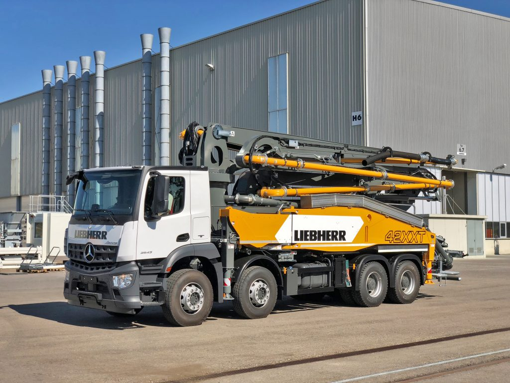 Liebherr to reveal revamped 42m Powerbloc concrete pump at bauma