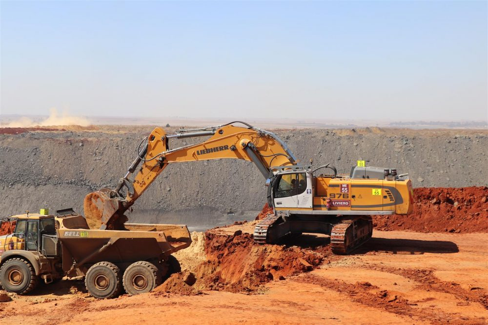 Liebherr crawler excavators playing a key role at South African coal mine