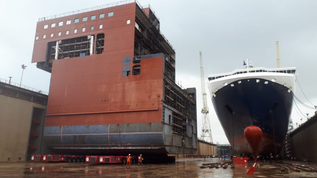 Italian Cruise ship lengthened with support from ALE Heavylift