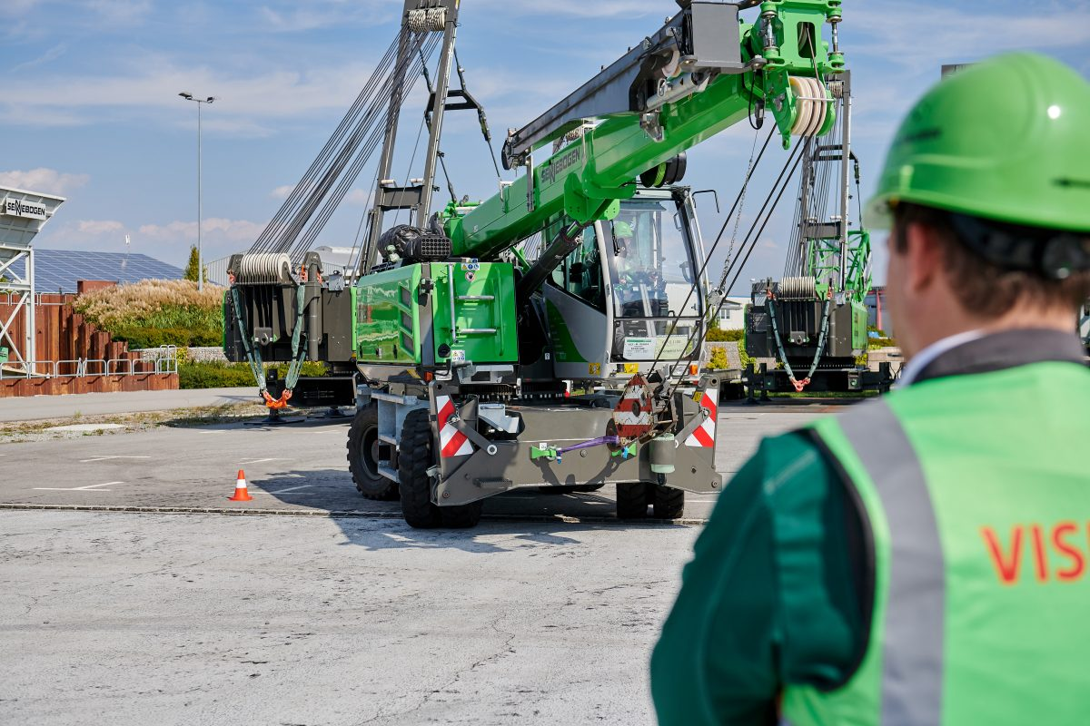 Excavator licenses! Do machine operators need training?