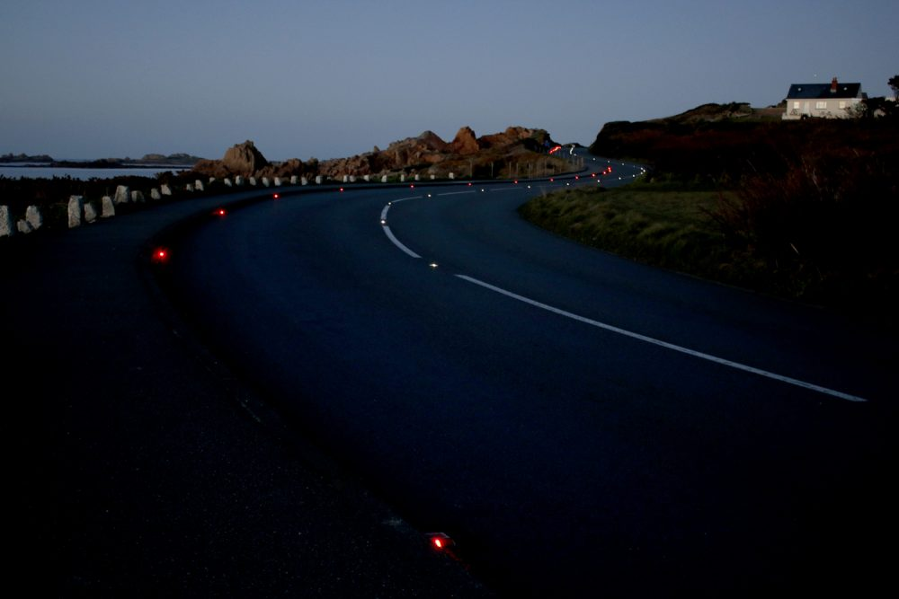 The number of drivers feeling safe travelling along two of Guernsey's key roads has more than doubled following the installation of solar powered road studs.