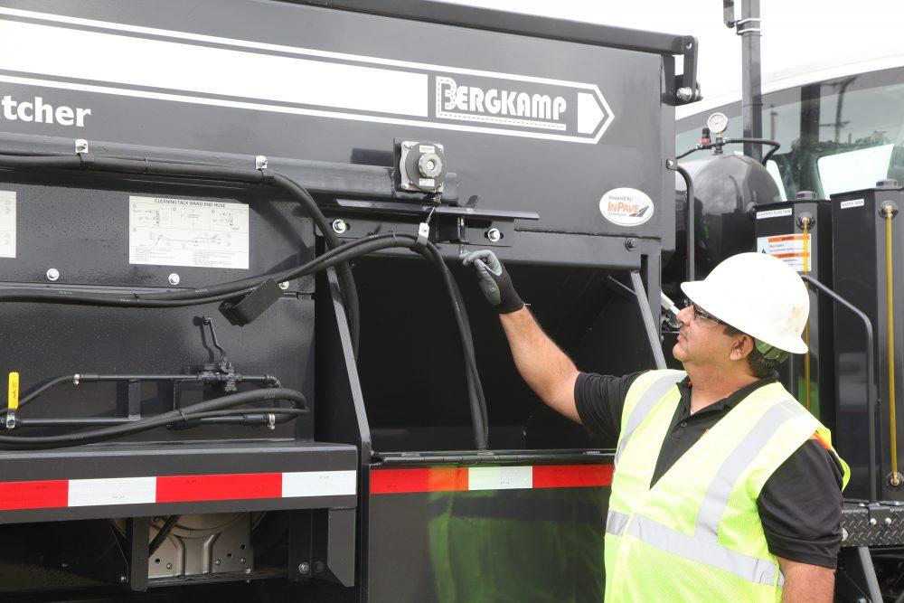 Bergkamp FP5 Flameless Pothole Patcher upgraded with Pivot Tack System
