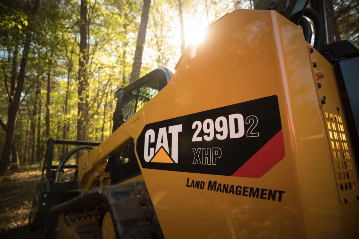 Cat 299D2 XHP Compact Track Loader is purpose-built for difficult land-clearing