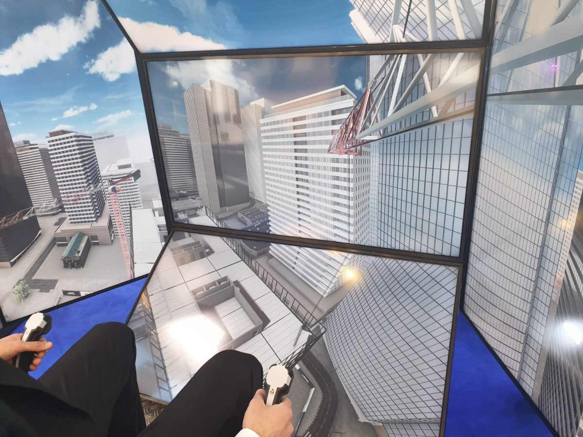 SMIE Crane Simulator wowed audiences at Bauma