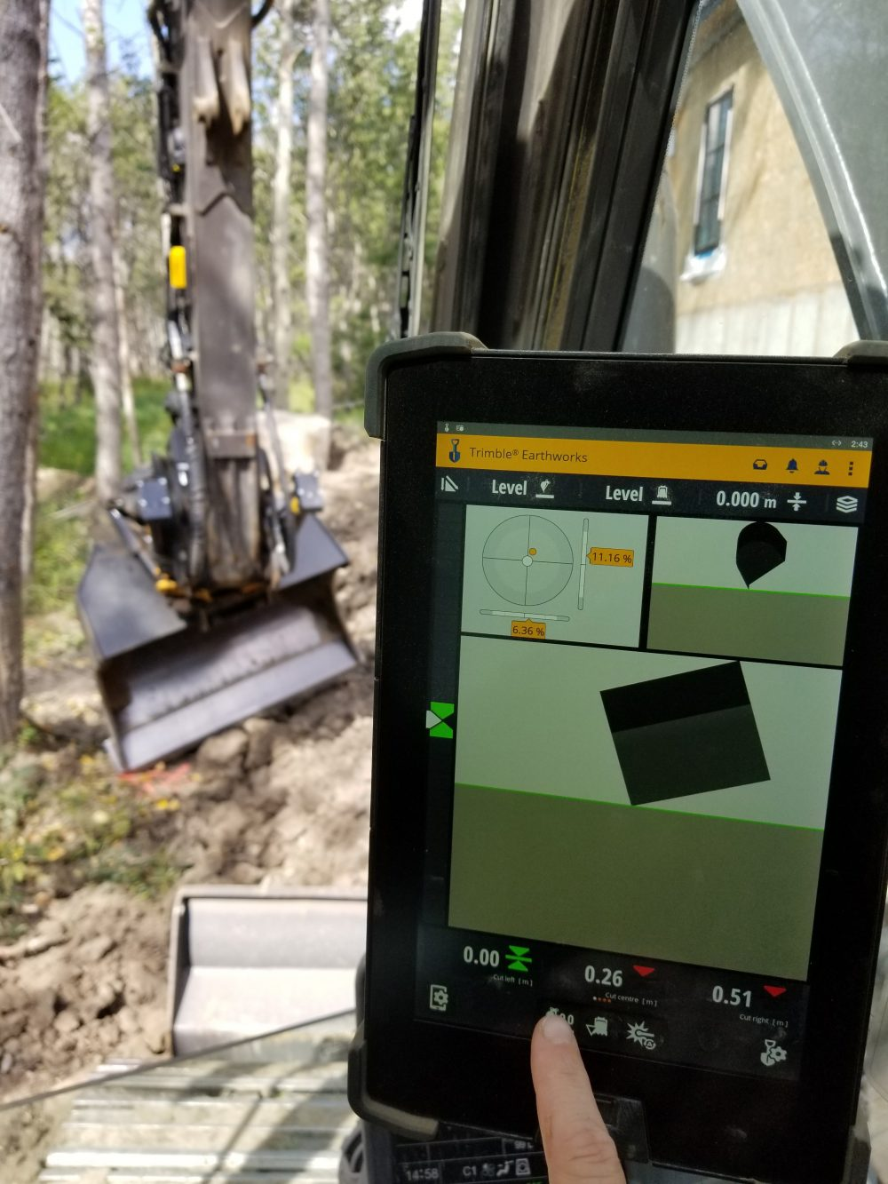 Trimble Earthworks Grade Control Platform Version 1.9 Supports Full Automatics for Tiltrotators and Universal Total Stations for Motor Graders