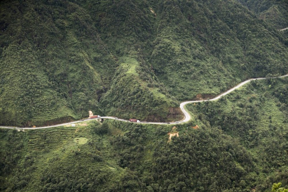 Asian Infrastructure Investment Bank approves first road project in Lao PDR