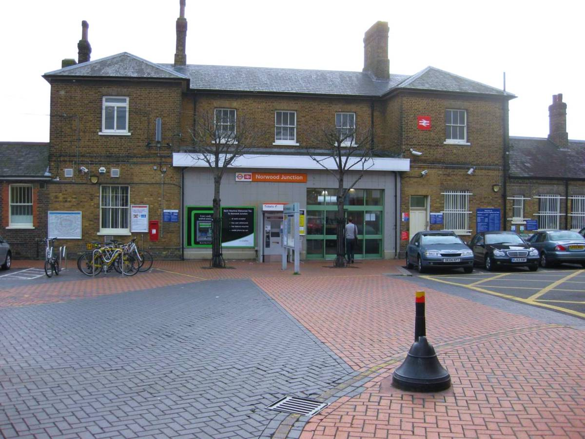 Find out more about Network Rail's plans to upgrade Norwood Junction station