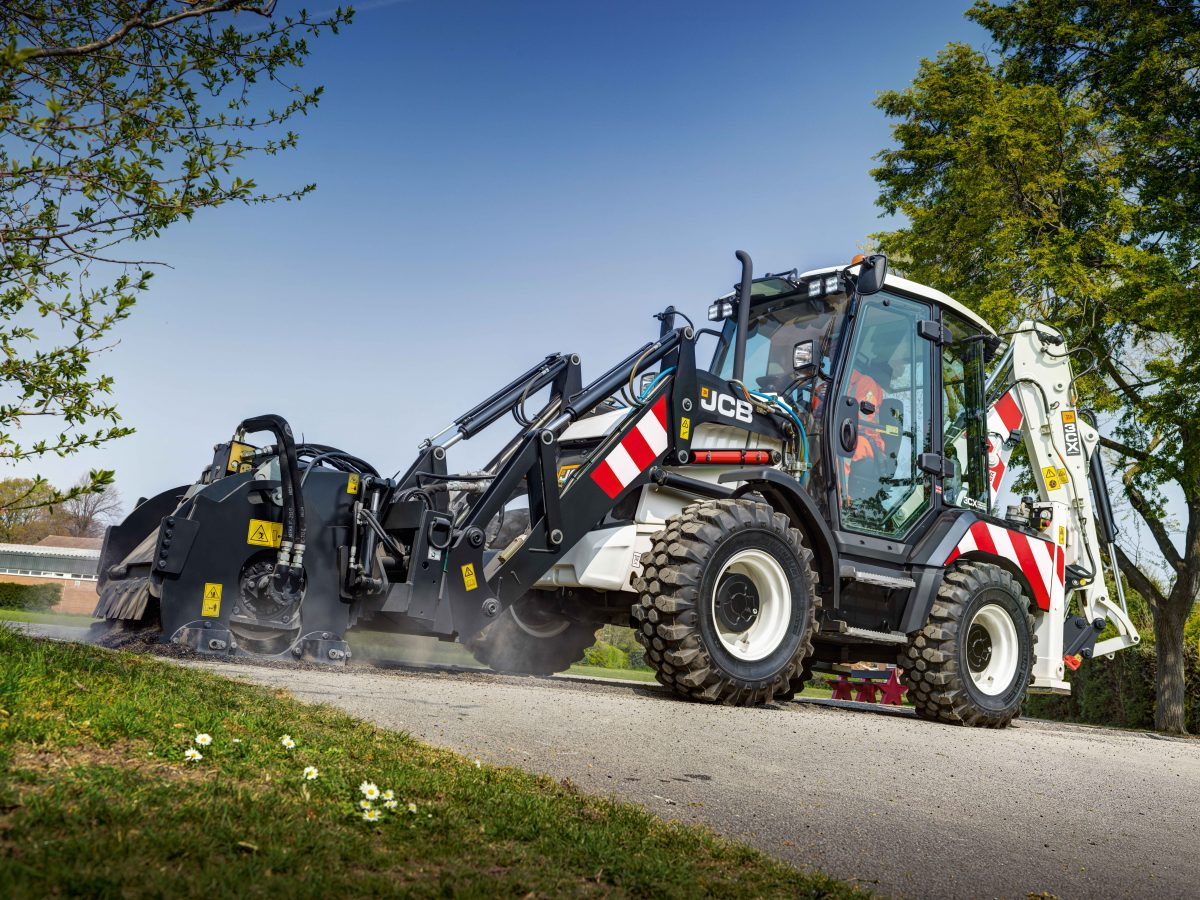 JCB unveils a versatile pothole warrior - the Highways Master
