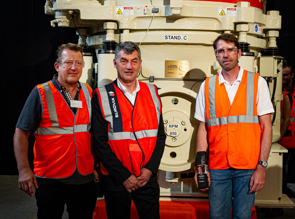 Metso celebrates the sales milestone of 10,000 HP Series cone crushers
