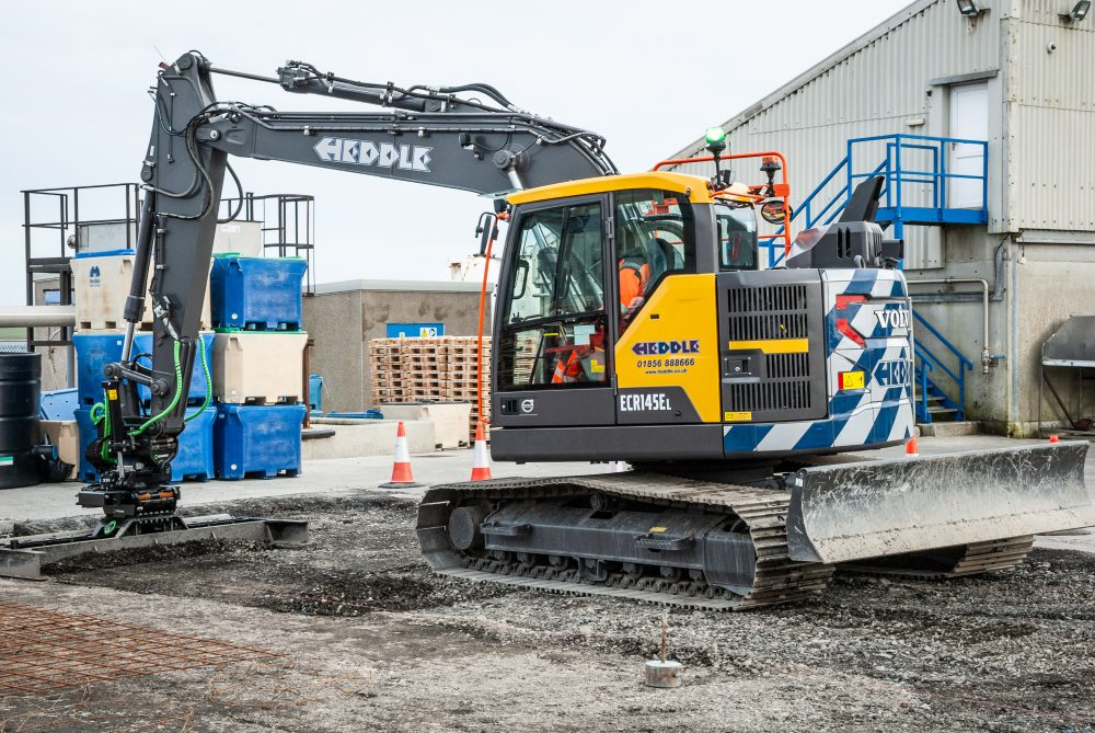 Volvo Excavator with Steelwrist combo a first for Heddle Construction in the Orkneys