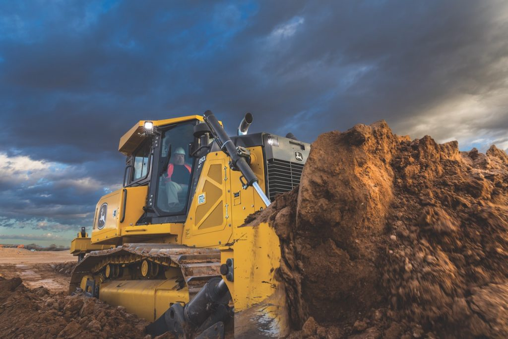 John Deere beefs up the 850L Dozer for next level earthmoving productivity