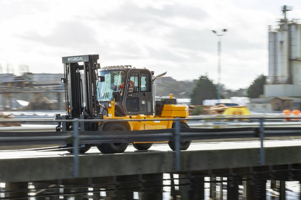 Acclaim the first port of call for SEACON with investment in 13 lift trucks