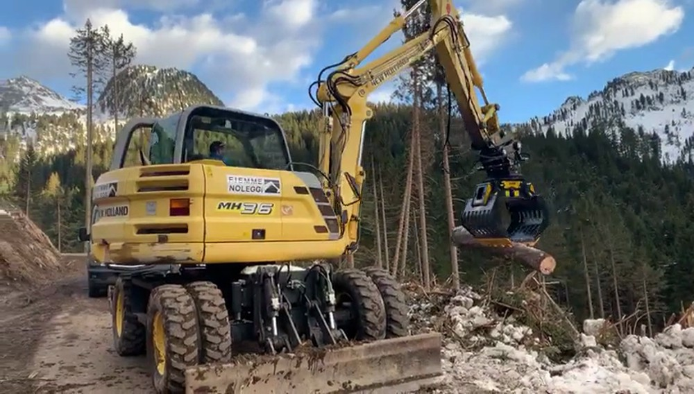 MB Crusher's Call and Resolve service puts their experts at the rock face