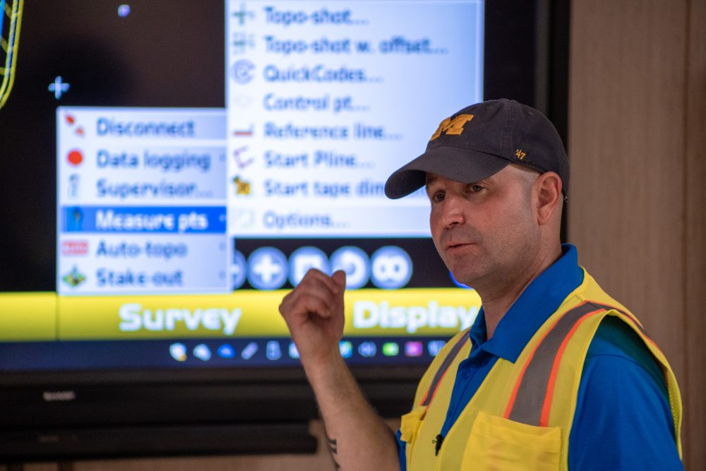 Technology training for construction contractors addresses the need for sharp workers