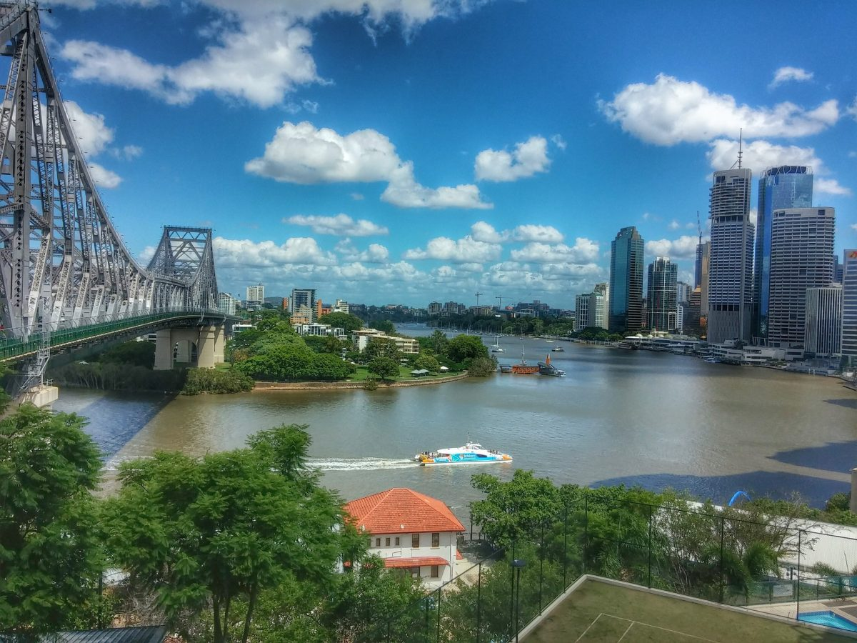 Queensland jobs boosted by $23b investment in roads and