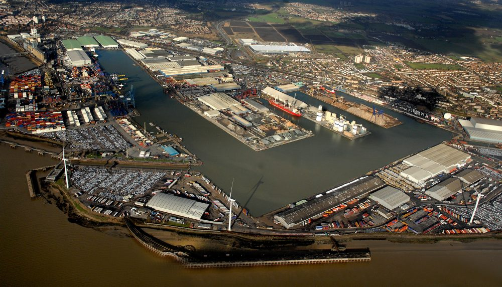 Mabey Hire awarded 300 ton multi-use equipment contract for Port of Tilbury regeneration