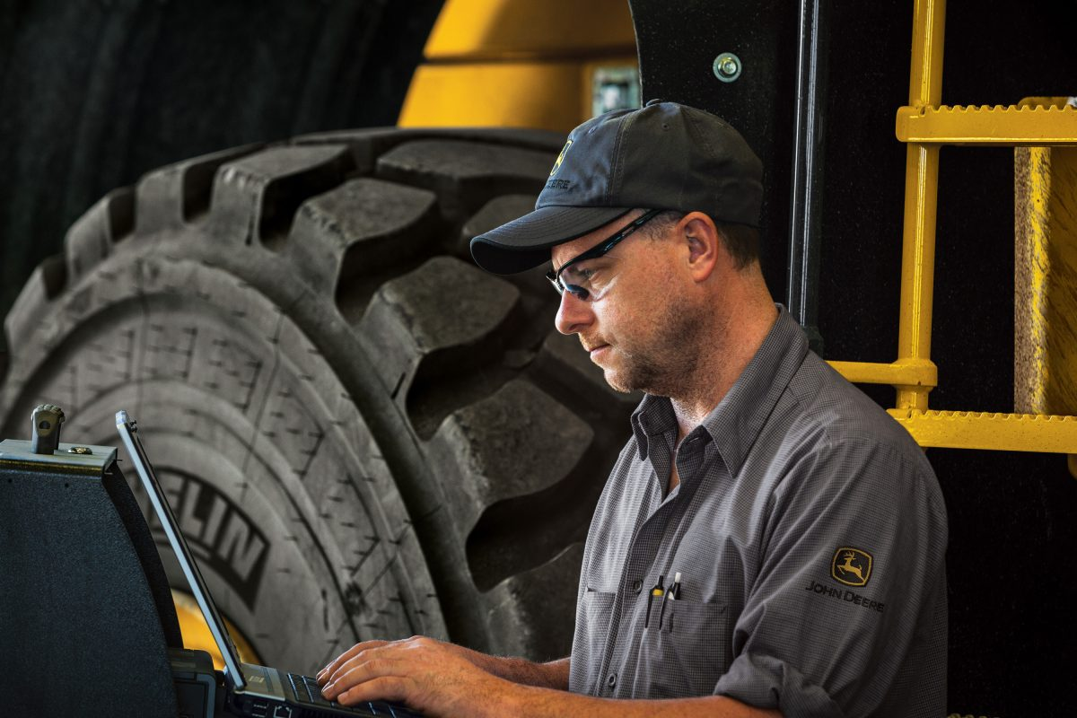 John Deere launches US Apprenticeship Program to address service technician shortage