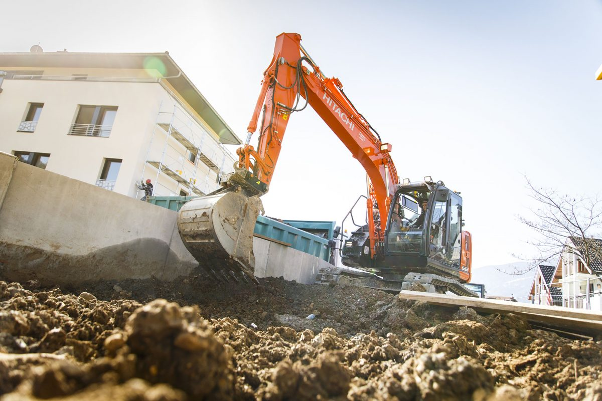 Hitachi Premium Rental excavator provides versatility and peace of mind in Annecy