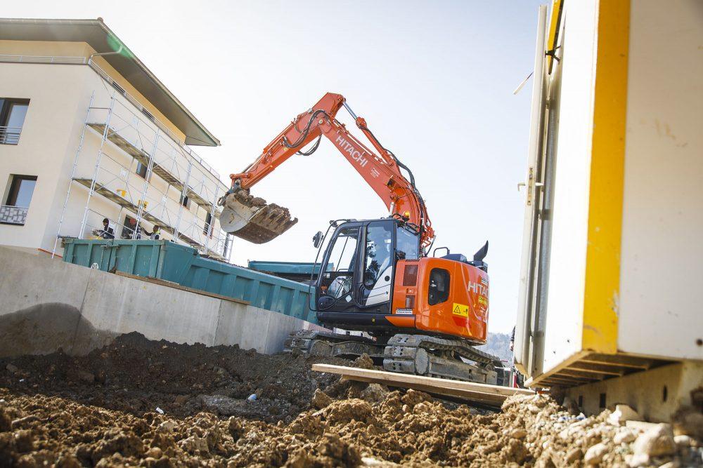Hitachi Premium Rental excavator provides versatility and peace of mind in Annecy