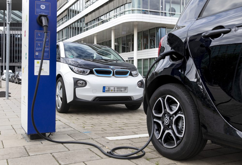 Bosch technology extending the lifespan of electric-vehicle batteries