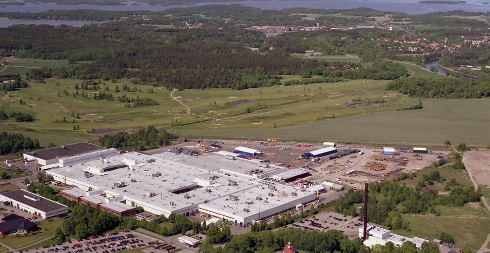 Aerial view of the Volvo CE axle and transmission factory in Eskilstuna.