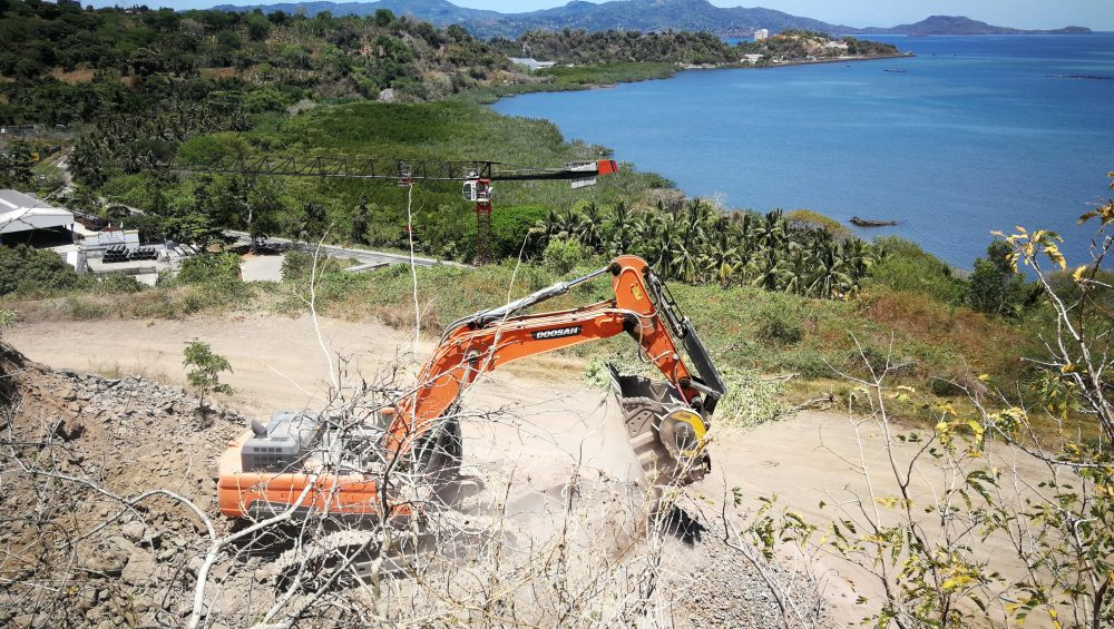 MB Crusher turns a complex jobsite on Mayotte into a piece of cake