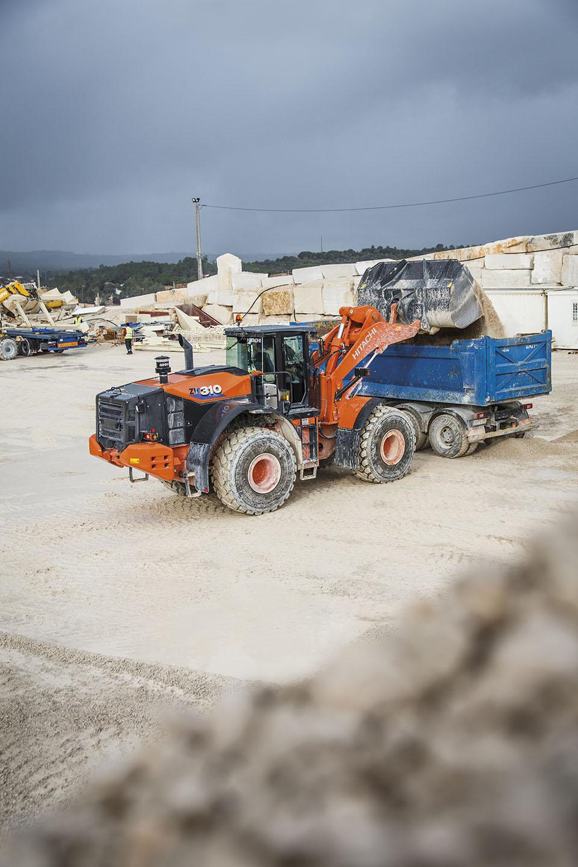 Filstone limestone quarry adds Hitachi ZW310-6 wheel loader in Portugal