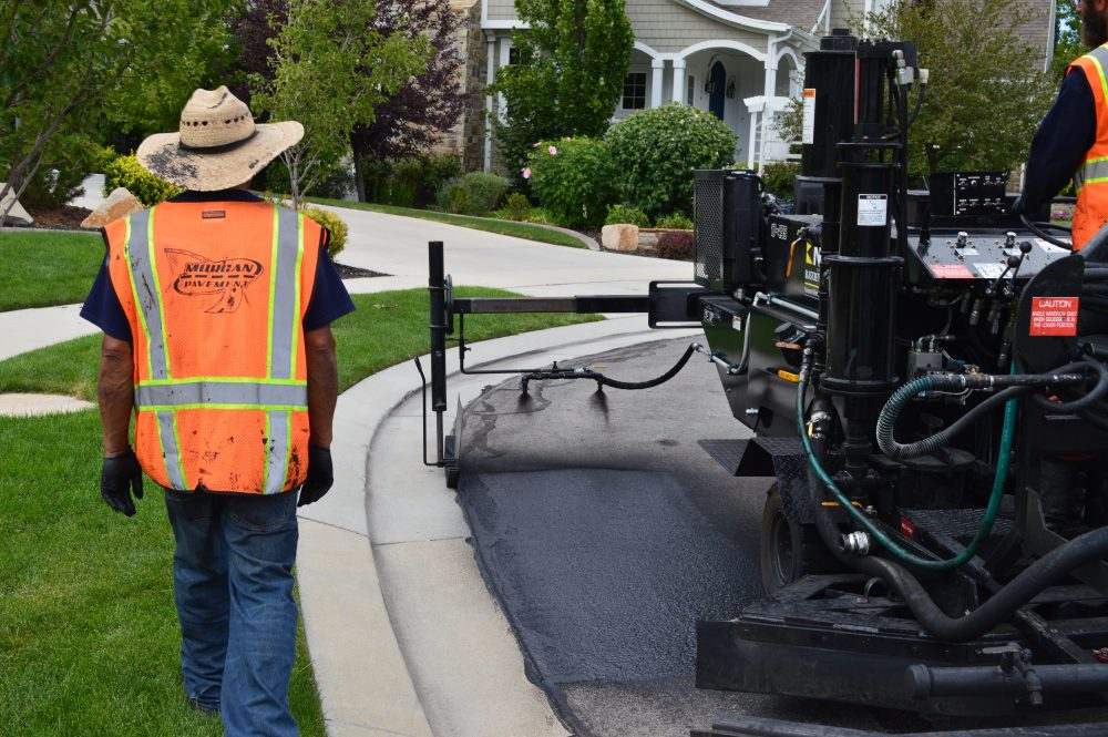 Morgan Pavement recognized the potential of the optional AutoTrim attachment on Neal Manufacturing's DA-350 to revolutionize cutting in from a time-consuming, labor-intensive chore to a quick, efficient process that would allow the completion of edge work in less than half the time.